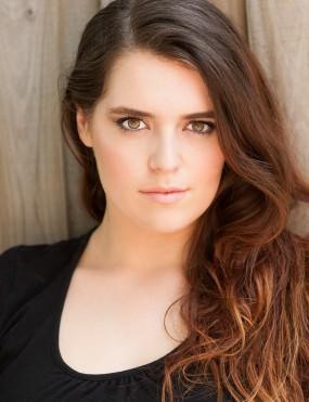 Caitlin Spears Image 6