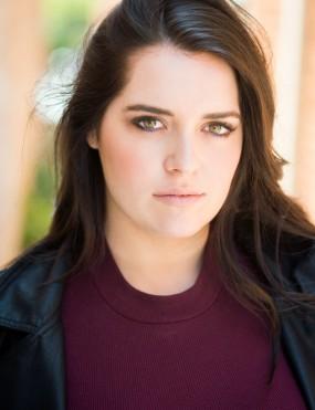 Caitlin Spears Image 4