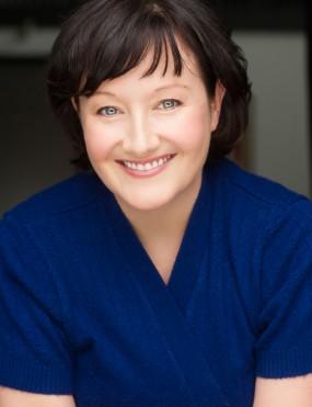 Julia Davis Image 2