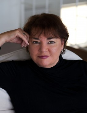 Jeanie Drynan Image 1